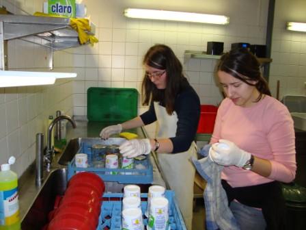 príprava obeda pre bezdomovcov