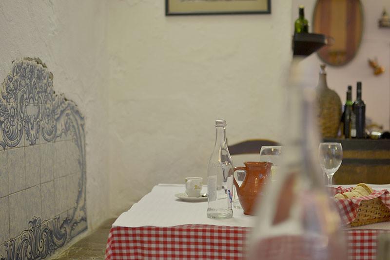 Restaurante típico portuges en Évora