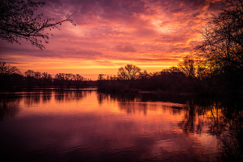 burning sky sunrise sun leica m 240 24mm clouds water landscape wow sunny
