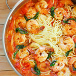Garlic Shrimp Pasta with Red Wine Tomato Sauce