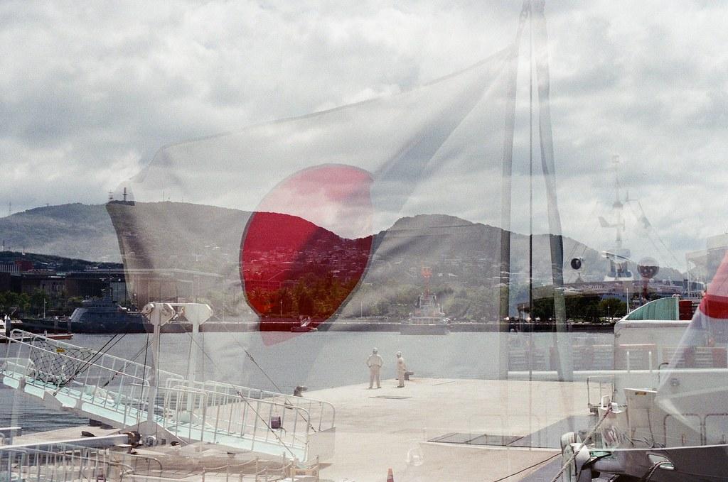 前往軍艦島(Gunkanjima)  端島 長崎港 Nagasaki 2015/09/07 重複曝光。  Nikon FM2 / 50mm Kodak UltraMax ISO400 Photo by Toomore
