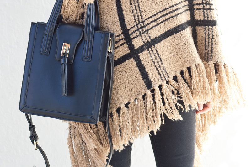 03-plaid-knit-fringe-tassel-satchel-sf-fashion-style