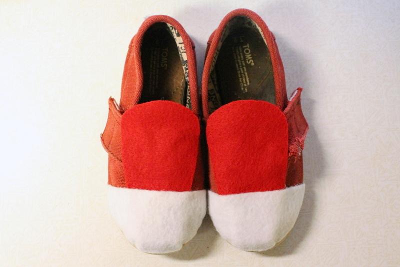 Daniel Tiger shoes, 3