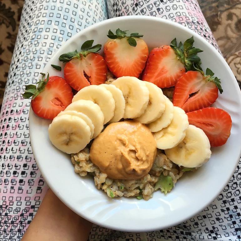 Easy Zucchini Oats w/ Peanut Butter (Zoats) {gf} + VLOGMAS! sweetsimplevegan.com