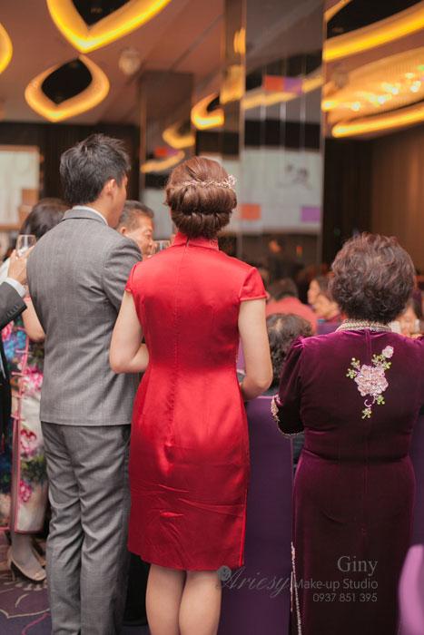 Giny,台北,新娘秘書,Ariesy造型團隊,韓國新娘,新秘推薦,線條蓬鬆盤髮,韓服,自然清透妝感,신부 메이크업,대만
