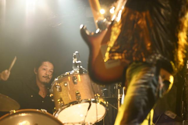 O.E. Gallagher (Taste cover) live at Outbreak, Tokyo, 19 Dec 2015. 091