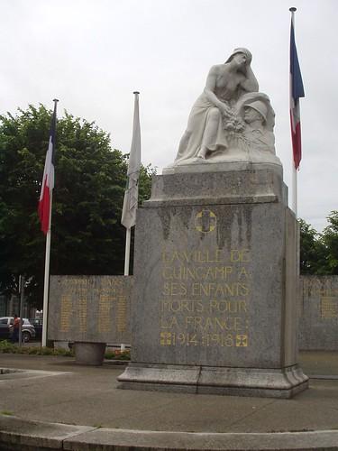 cotesdarmor bretagne guerrede1418 ww1 warmemorial monumentauxmorts sculpture