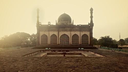 india islam arches mosque portfolio attendant ka minarets islamicarchitecture deccan subcontinent artarchitecture sultanate bijapur golgumbaz rauza sacredarchitecture adilshahi