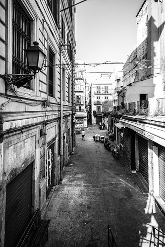 Palermo, ingresso Vucciria scalinate via Roma