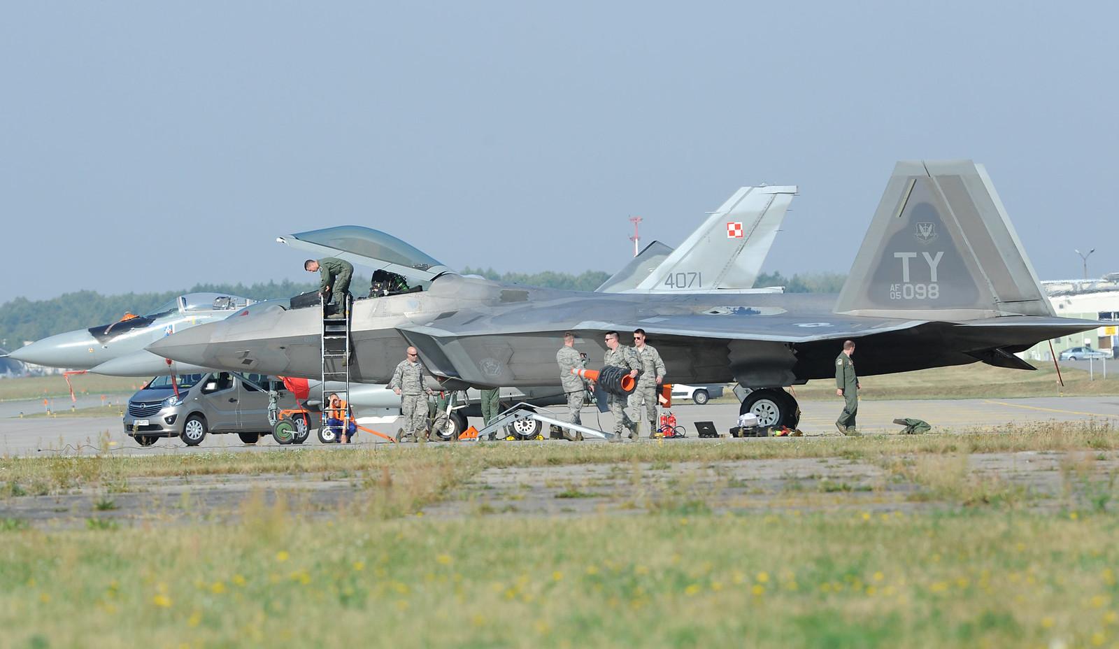 F-22 в Польше: djoker_lj — LiveJournal