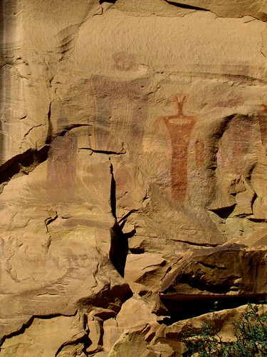 stone rural utah historic nativeamerican highdesert rockart pictographs thompsonsprings