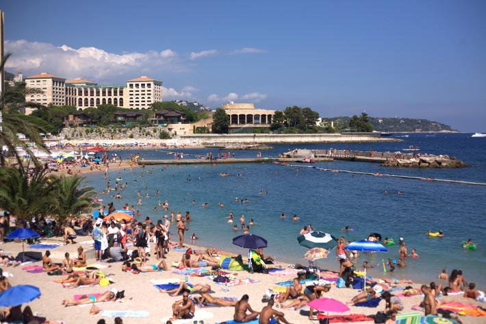 Cote d'Azur: Monaco Larvotto beach