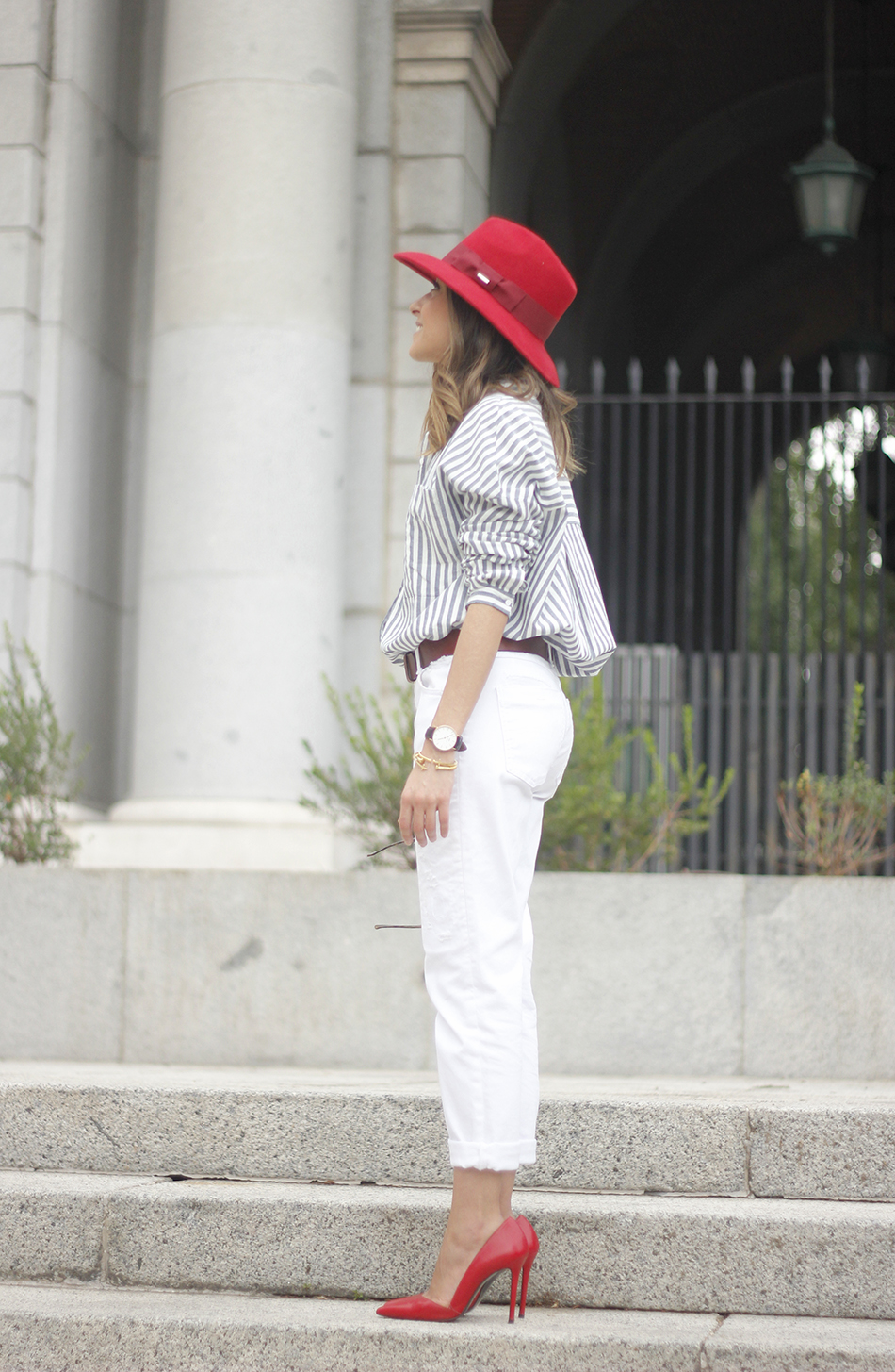 Red Hat Red Shoes White Jeans12