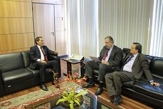 Deputados Deley e Jovair Arantes com Ministro do Trabalho e Previdência Social, Miguel Rossetto