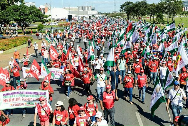 Cerca de 10 mil trabalhadores estão reunidos em Brasília para engrossar o coro das manifestações contra a reforma da Previdência - Créditos: Mídia Ninja