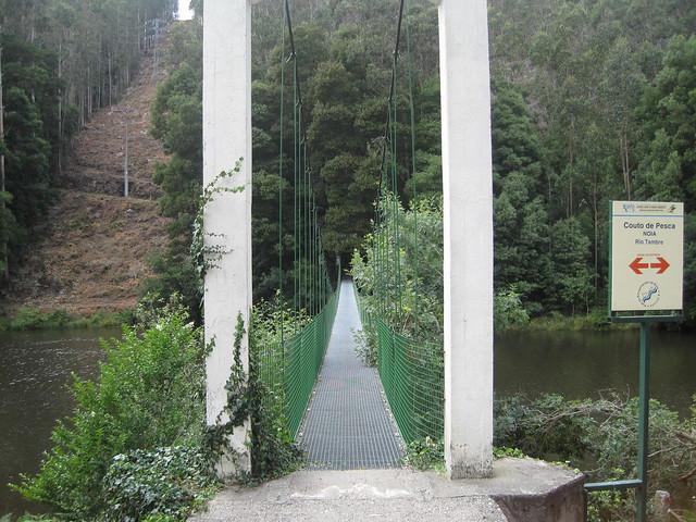 Puente Colgante sobre el Tambre entre Noia y Outes