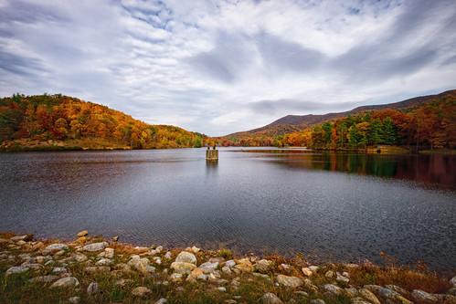 park autumn lake mountains fall virginia october state dam 2015 douthat