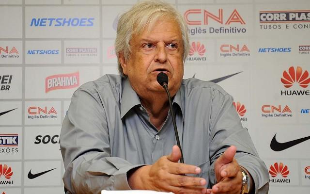 Modesto cutuca o Corinthians: &#39Outros sofreram desmanche, mas o Santos vai manter sua equipe&#39