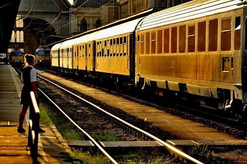 trainspotting railway cfr mav sunset budapest keleti