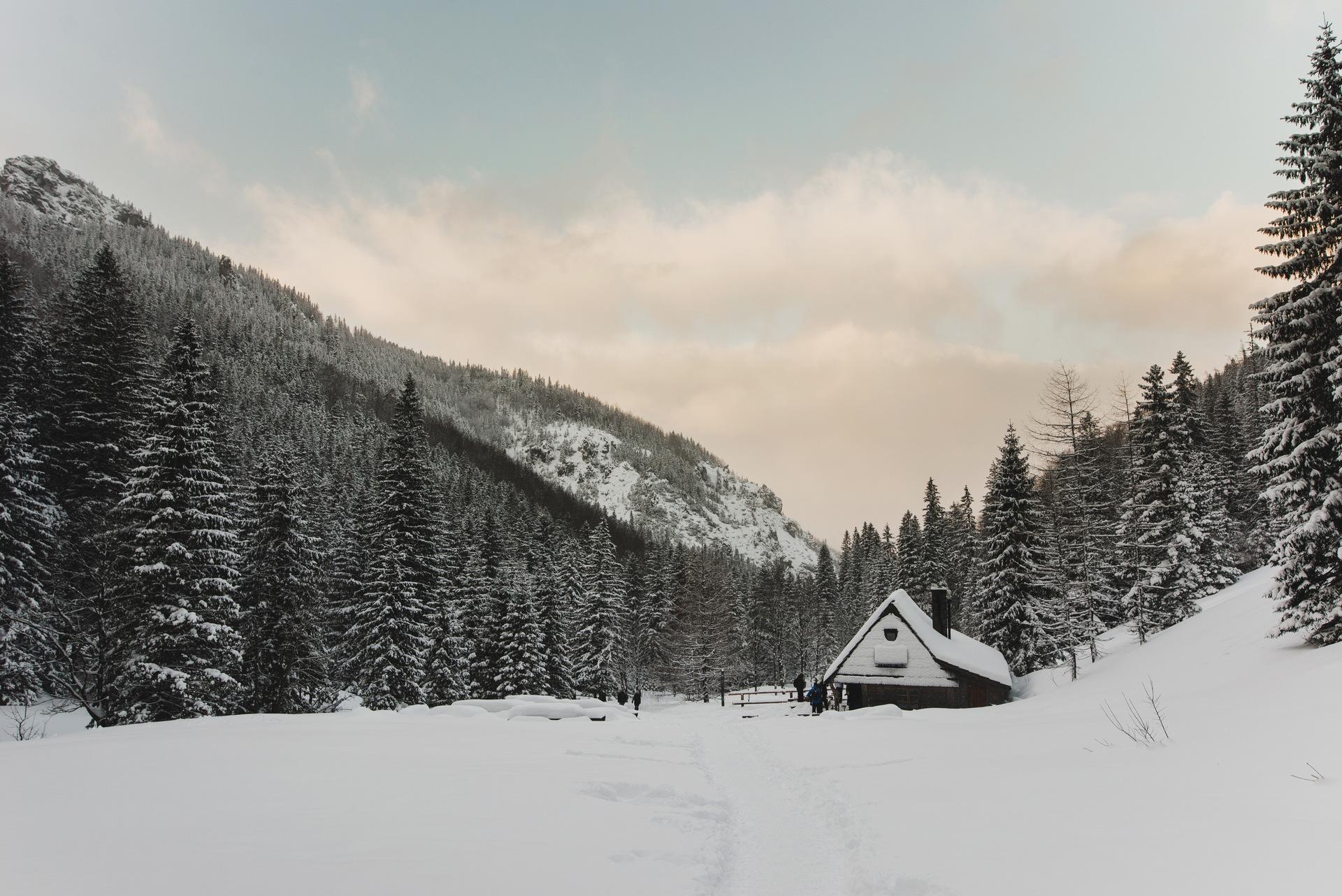 dolina strążyska zima