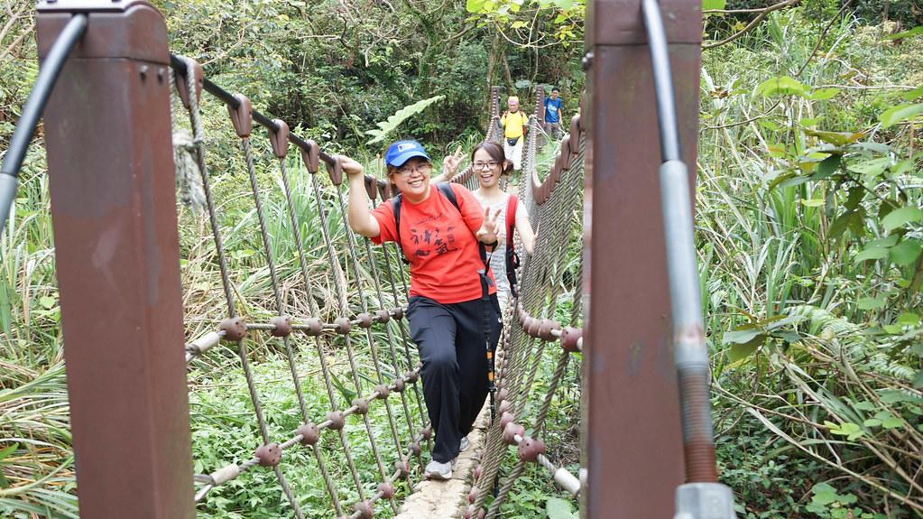 經過第一個獨木橋