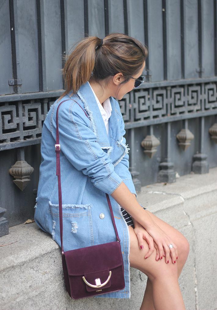 Denim Coat Stripes Skirt White Blouse Burgundy Uterqüe Bag Outfit20