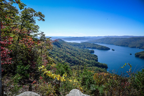 Lake Jocasee from Jump Off Rock-001