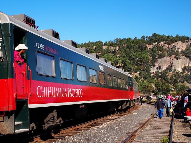 Mit dem Zug durch den Kupfercanyon