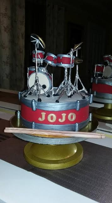 Amazing Drum Set Cake by Ony Erispe of Eats From The Oven