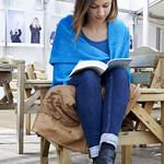 Reading in the Gardens | © Helen Jones