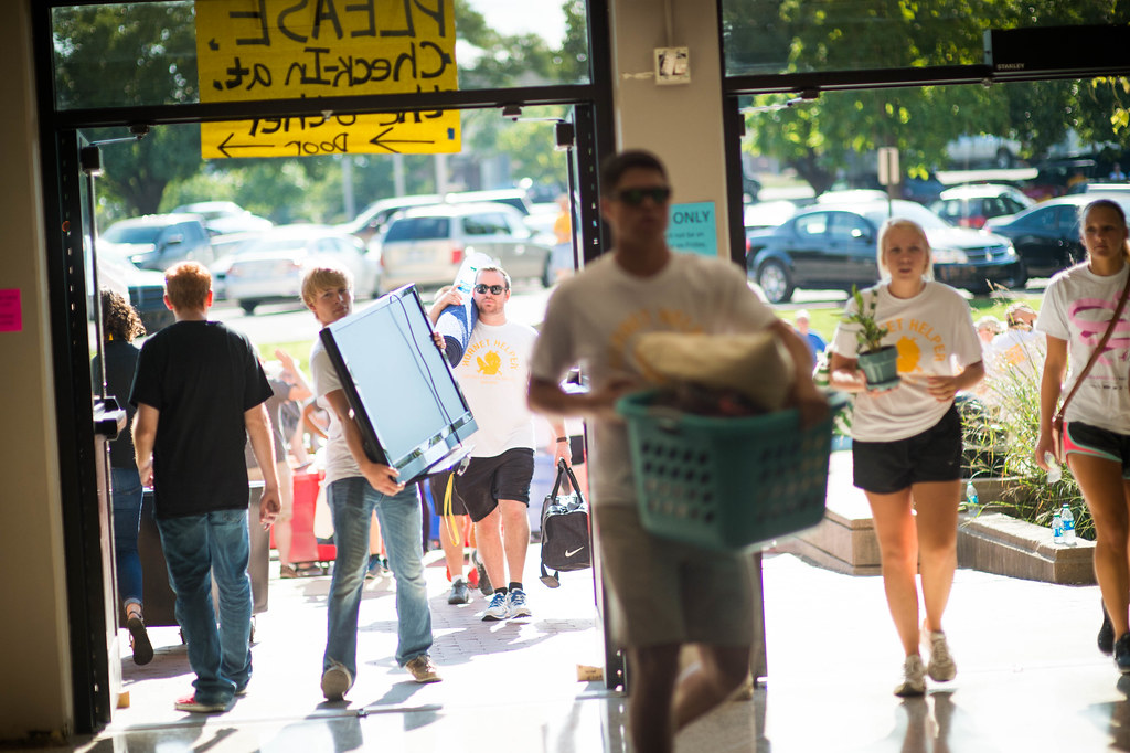 Move-In Day Fall 2015