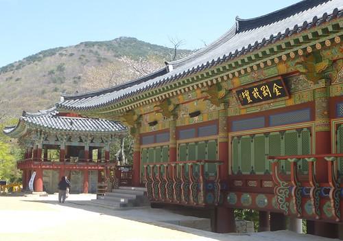Co-Busan-Temple Beomeosa (13)