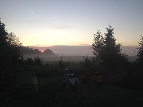 Sunrise at Natuurkampeerterrein De Duiventoren
