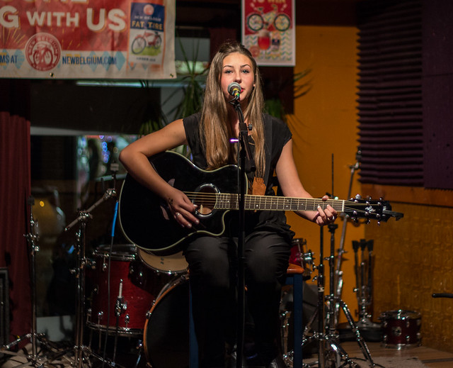 Mary Ruth McLeay @ The Pizza Shoppe Collective | 9.4.15 | Benson Femme Fest