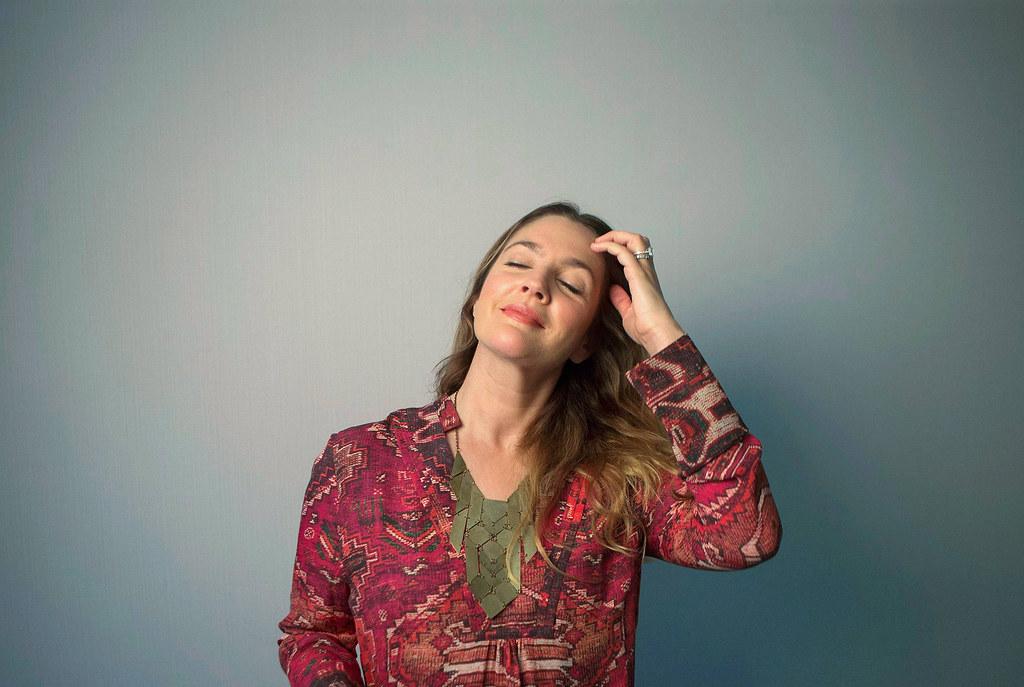 Дрю Бэрримор — Фотосессия для «Уже скучаю по тебе» на «TIFF» 2015 – 4
