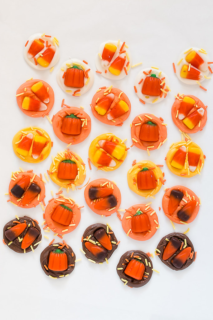 Autumn Mix Candy Bites - quick, easy, and festive treats for Halloween