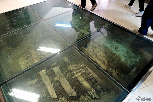 Artefacty pod stanciei metro Serdika