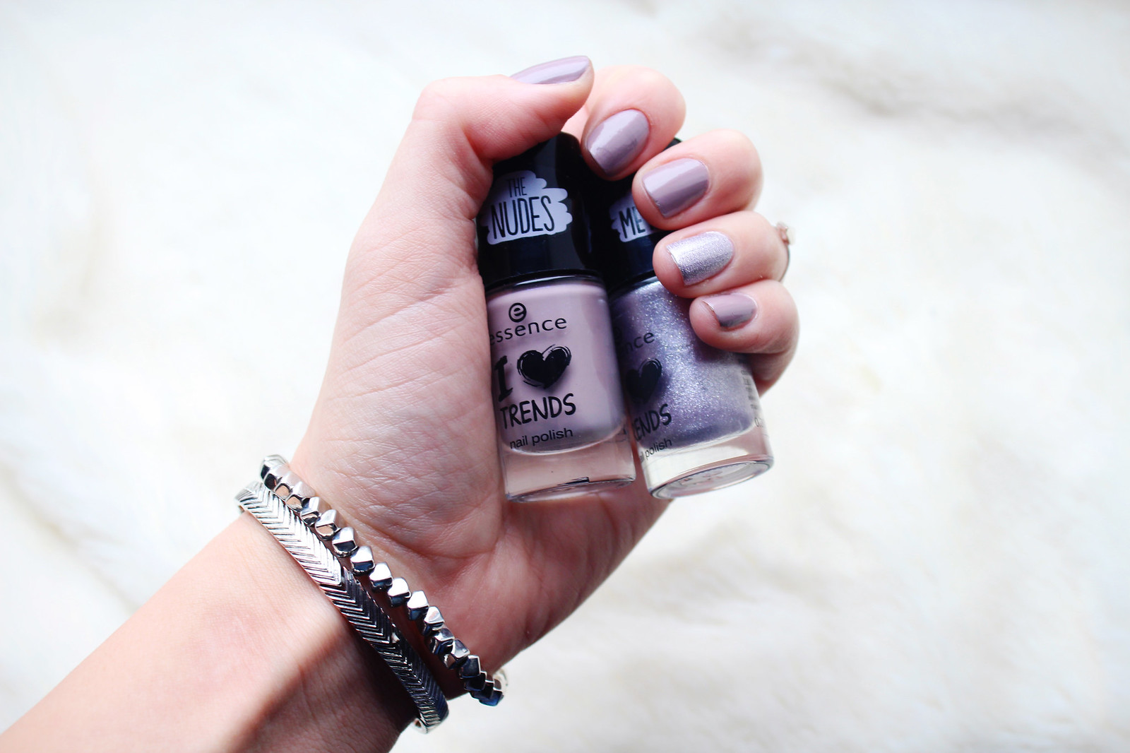 Essence I love Trends nail polish review