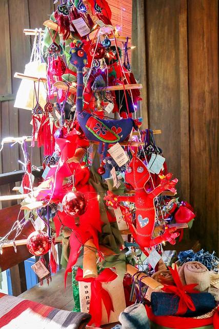 Laos style Christmas tree, Luang Prabang, laos ルアンパバーン、ラオス的クリスマスツリー