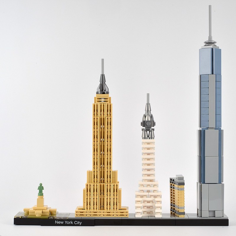 Review 21028 new york city brickset lego set guide and for Lego architecture new york