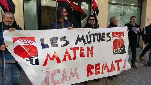 Les mutues maten, l´ICAM remata. Concentració CGT a Vilanova i la Geltrú