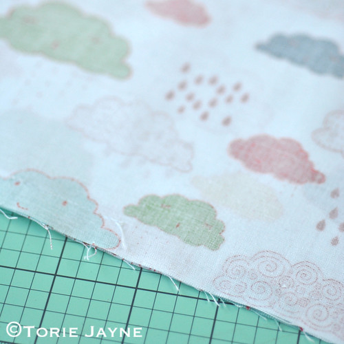 Cloud shaped cushion tutorial 3