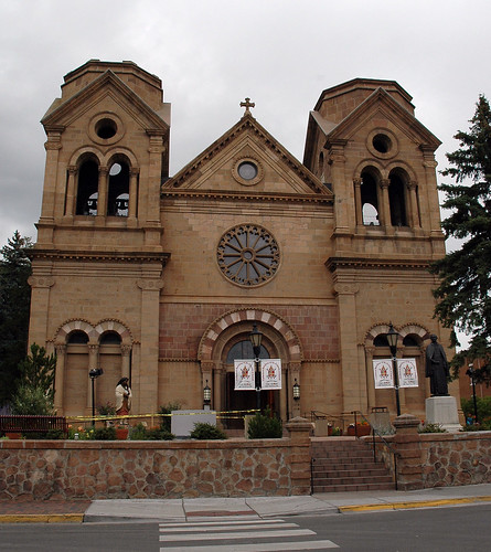 Santa Fe Cathedral (Credit: Marshall Astor - Food Fetishist on Flickr.com)