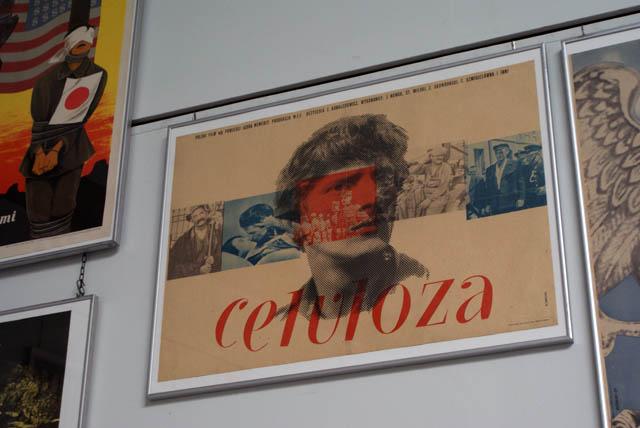 """Affiche du film """"Celuloza"""" (1953). L'histoire de la prise de conscience d'un homme des différences entre les classes..."""