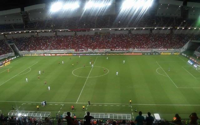 Em Natal, Flamengo faz 3 a 0 sobre o Ava� e assume 8� coloca��o do Brasileiro