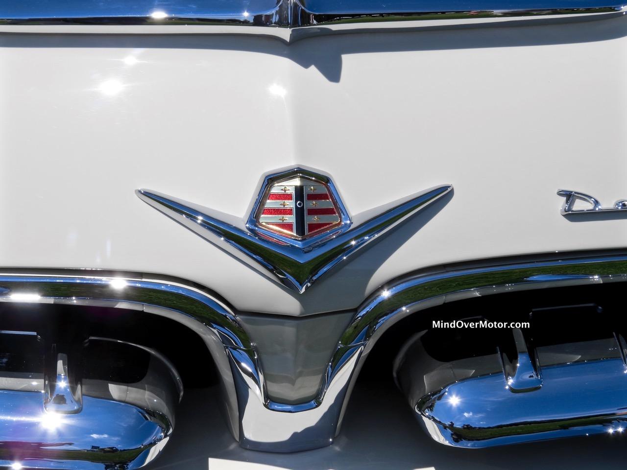 Dodge La Femme Badge