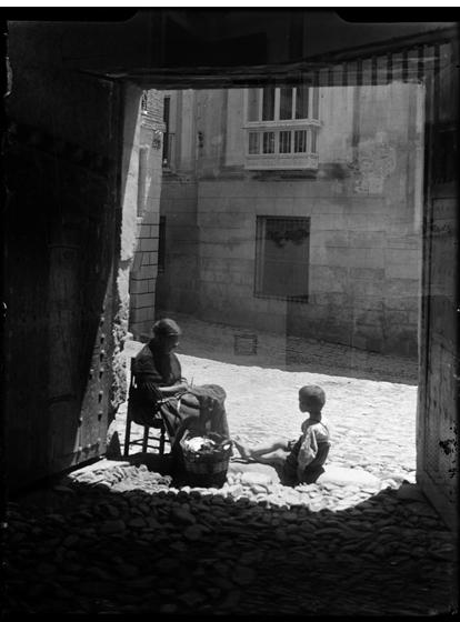 Toledo hacia 1920. Fotografía de Enrique Guinea Maquíbar © Archivo Municipal de Vitoria-Gasteiz