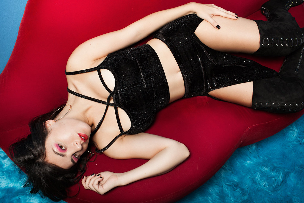 Charli XCX — Фотосессия для «Boohoo» 2015 – 17