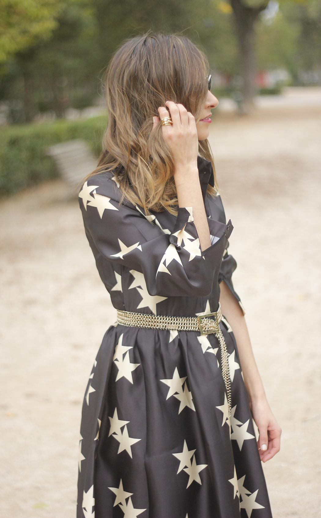 Star Print Dress sunnies heels outfit18