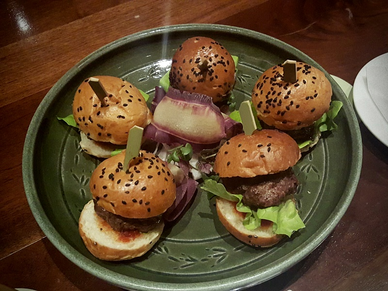 Canoe burger sliders